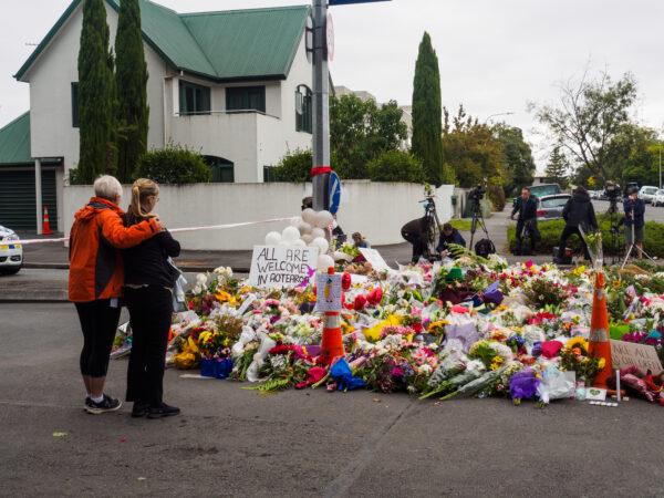Politiet advarer mod at dele videoer af de formodede terrorangreb i New Zealand. Det skriver HovsaDeling.dk. Foto: Luis Alejandro Apiolaza Commons.wikimedia.org