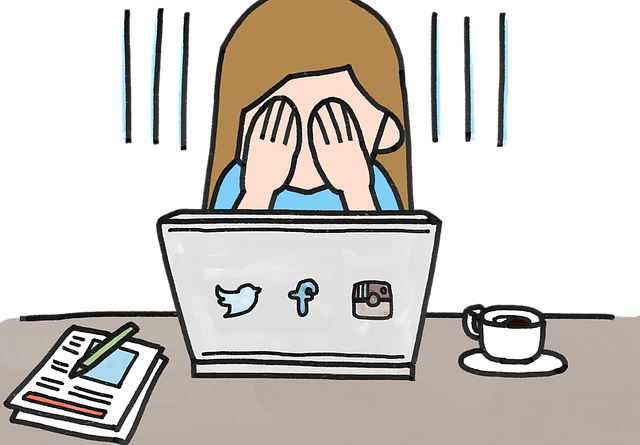 Red Barnet advarer om, at unges private billeder kan få uoverskuelige konsekvenser, hvis de bliver delt på sociale medier. Det skriver HovsaDeling.dk. Illustration: Pixabay