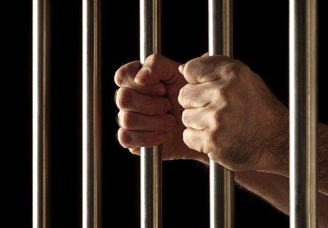 En 35-årig mand er blevet idømt seks års fængsel for blufærdighedskrænkelse, ulovlig tvang og forsøg på at opnå andet seksuelt forhold end samleje over for 106 drenge. Det skriver Hovsadeling.dk. Modelfoto: Ashby C. Sorensen/Pixabay